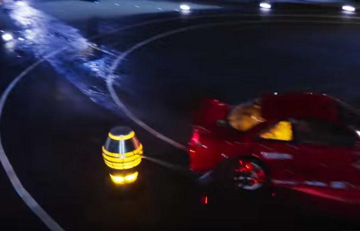 Netflix『ハイパードライブ』の一場面