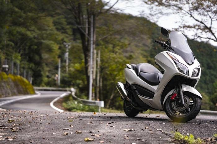 【誰得】150ccバイクってデメリットばっか|保険・税金からメリットを250と比較