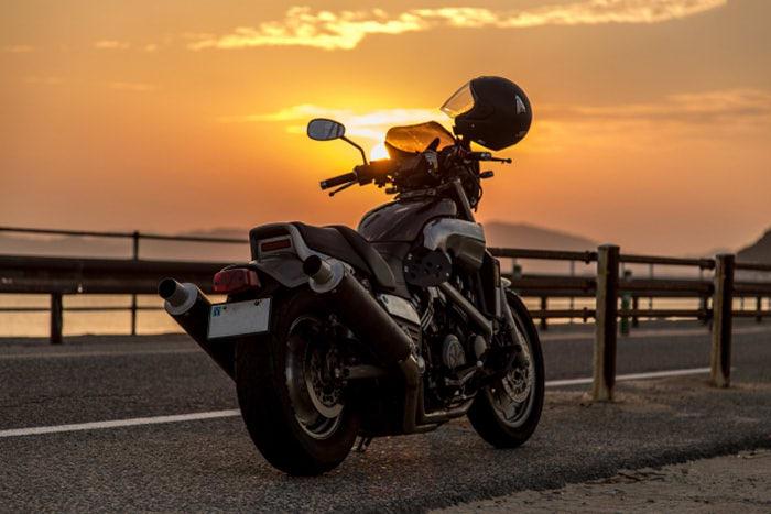 【解決】バイクで二度と立ちゴケしない対策
