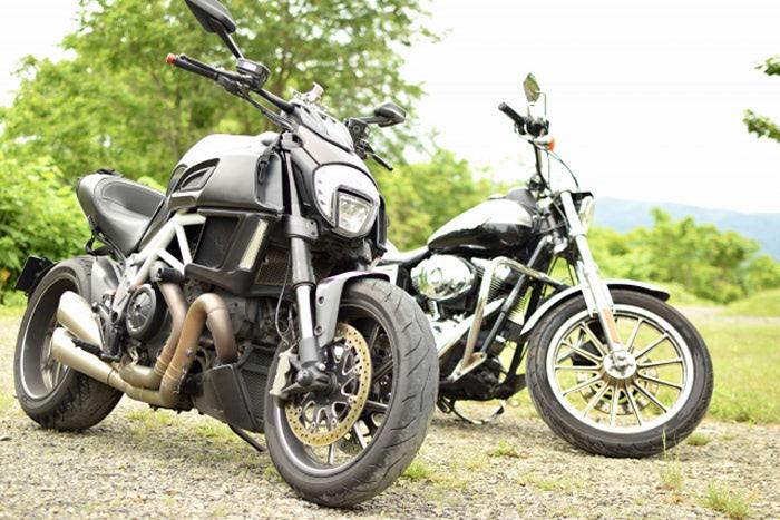 理由その2. 一部バイク乗りは「純正ダサい」という思い込みがある