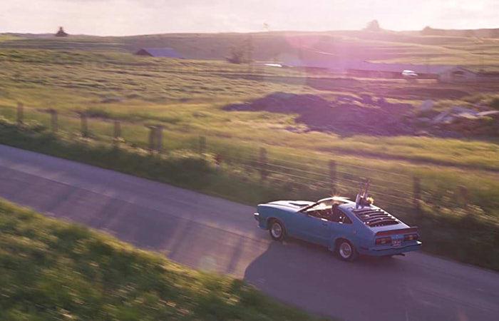 エゴが冒頭に運転する車はアノ車のパクリで有名