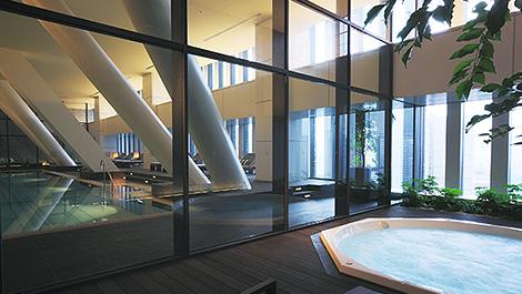the-capitol-hotel-tokyu_jacuzzi-bath