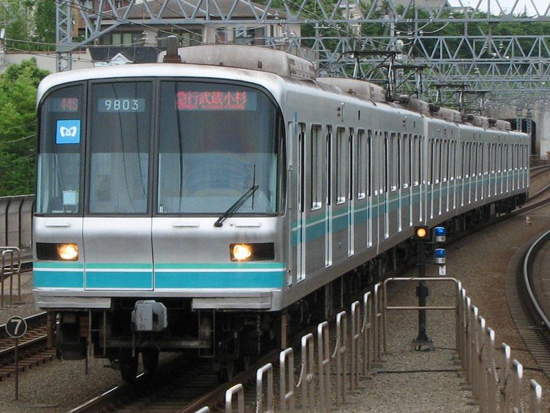 急行 武蔵小杉行き 東京メトロ9000系