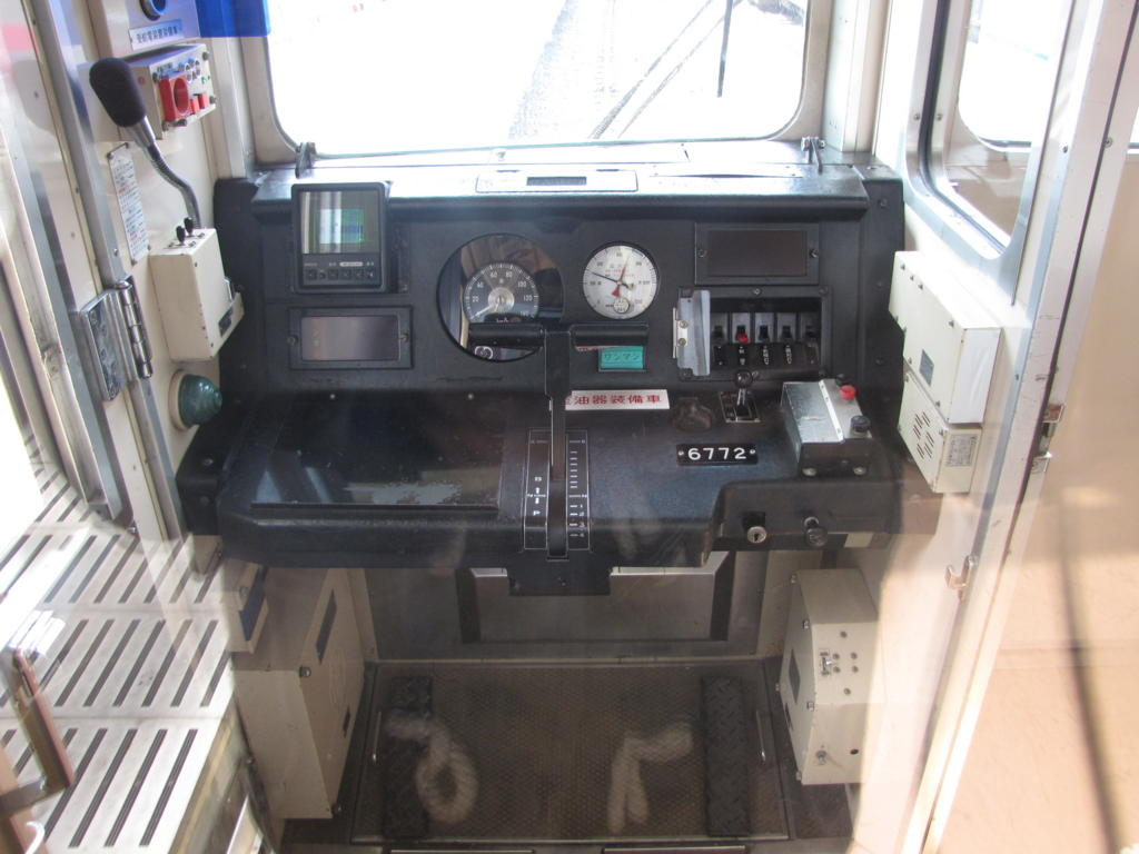 京王6000系(ワンマン運転用)運転台 京王6000系(ワンマン運転用)運転台 個別「京王600