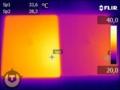 新しいiPadとiPad2との表面温度の比較写真