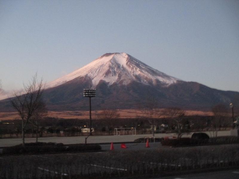 忍野村 杓子山登山前 2017/12