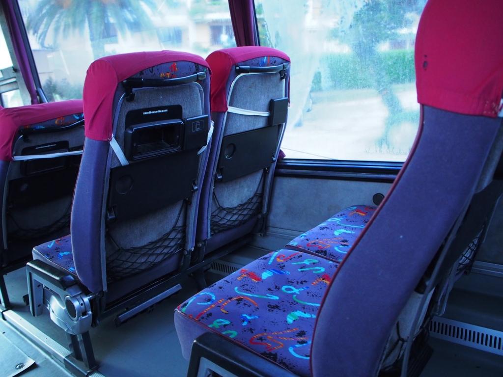 4列シートの座席の様子