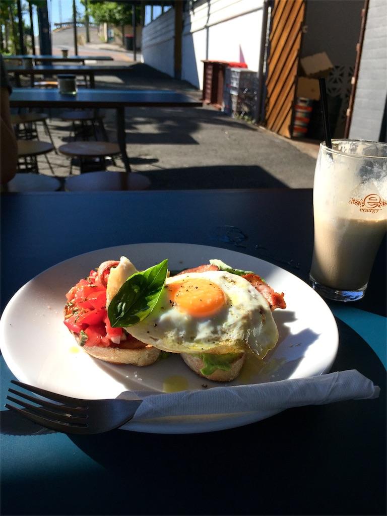 しっかり朝ごはんを食べて出発