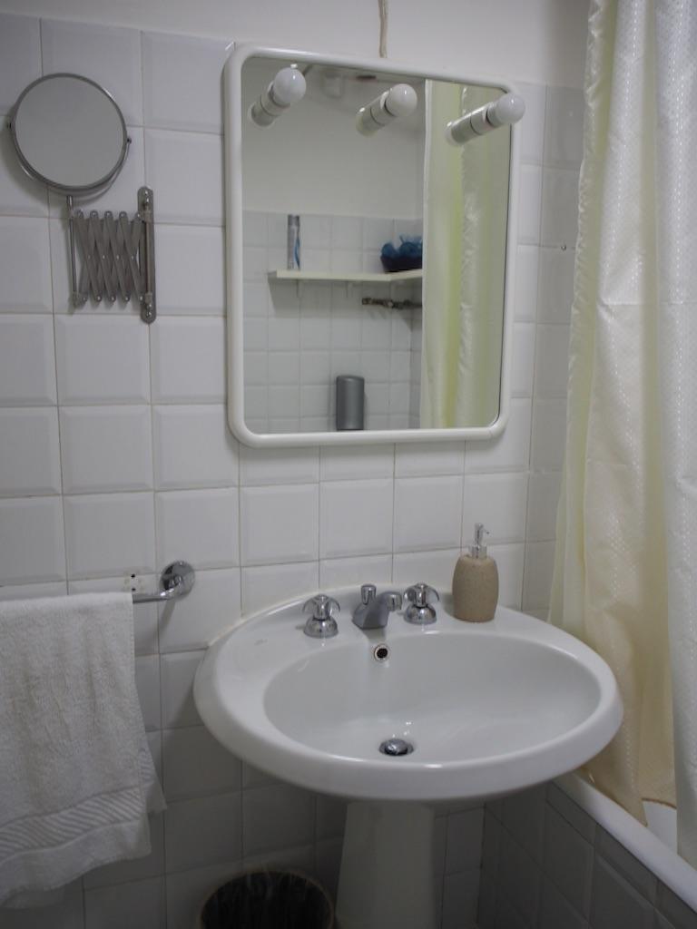 ローマ 宿 バスルーム