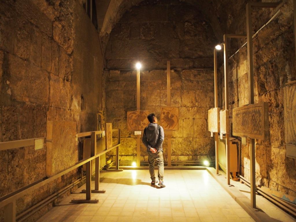 ローマ劇場の次は博物館を見学