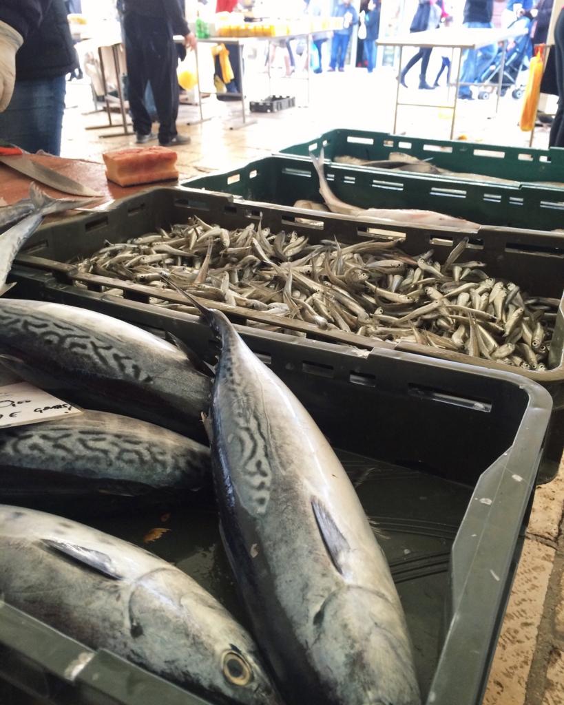 スプリトの魚市場の様子