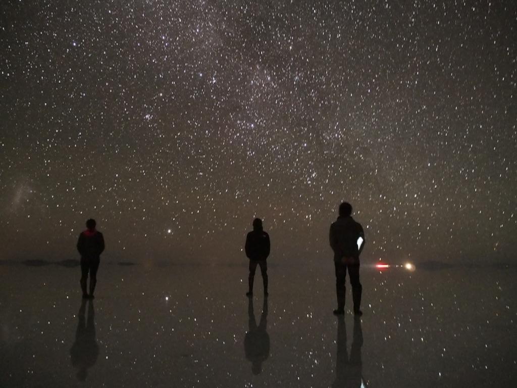 サンライズツアーでのウユニ塩湖の星空