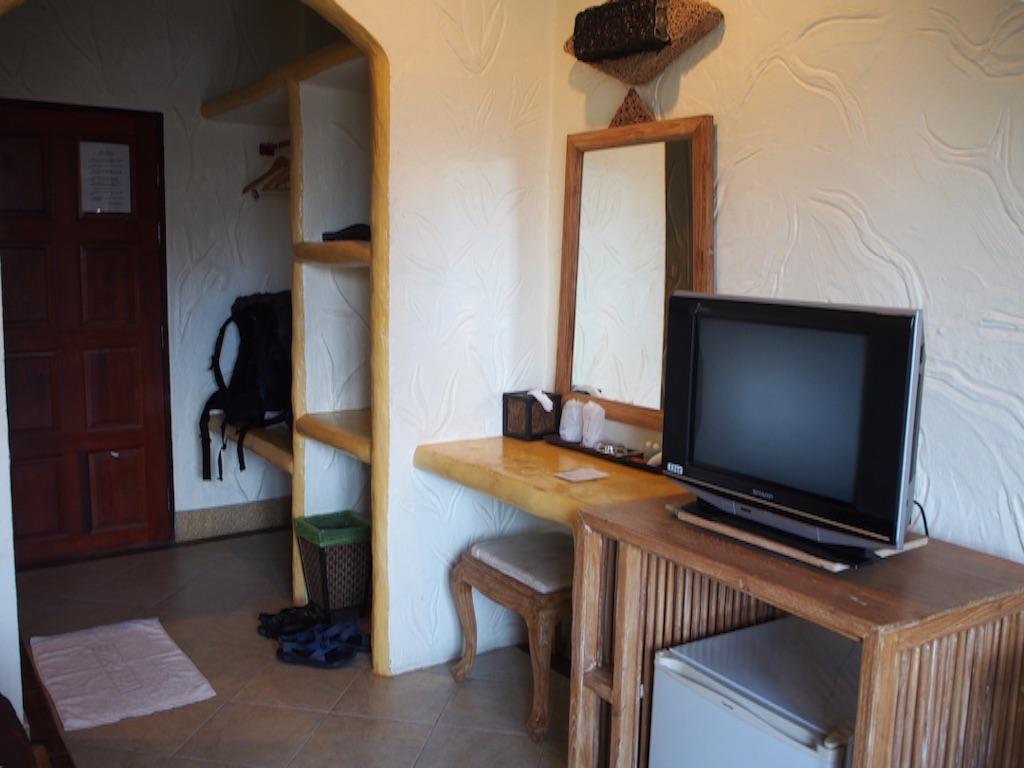 タオ島 宿の室内 玄関兼荷物置き場
