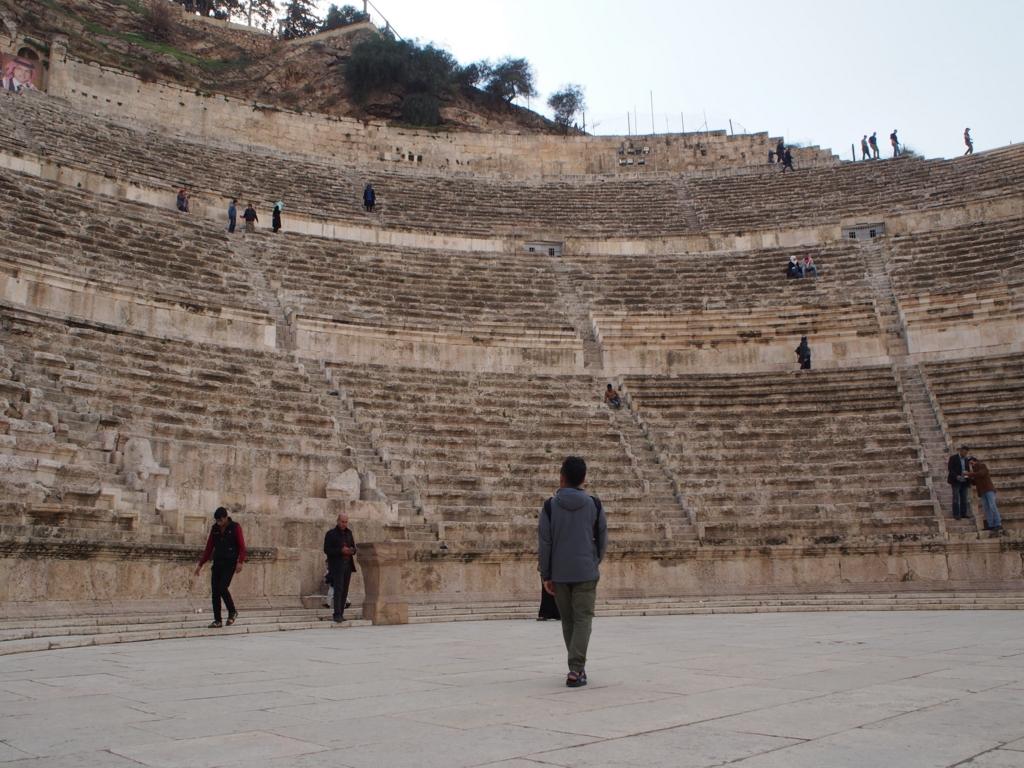 ローマ劇場は残念な逆光だったのでした