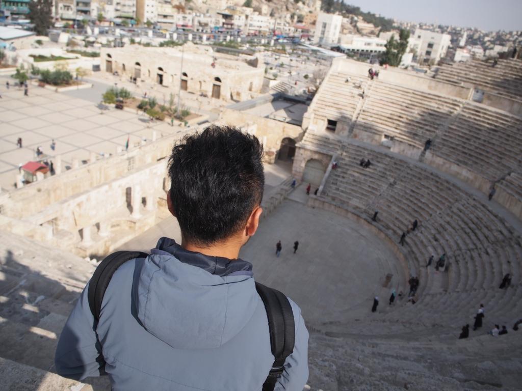 ローマ劇場の階段からの景色