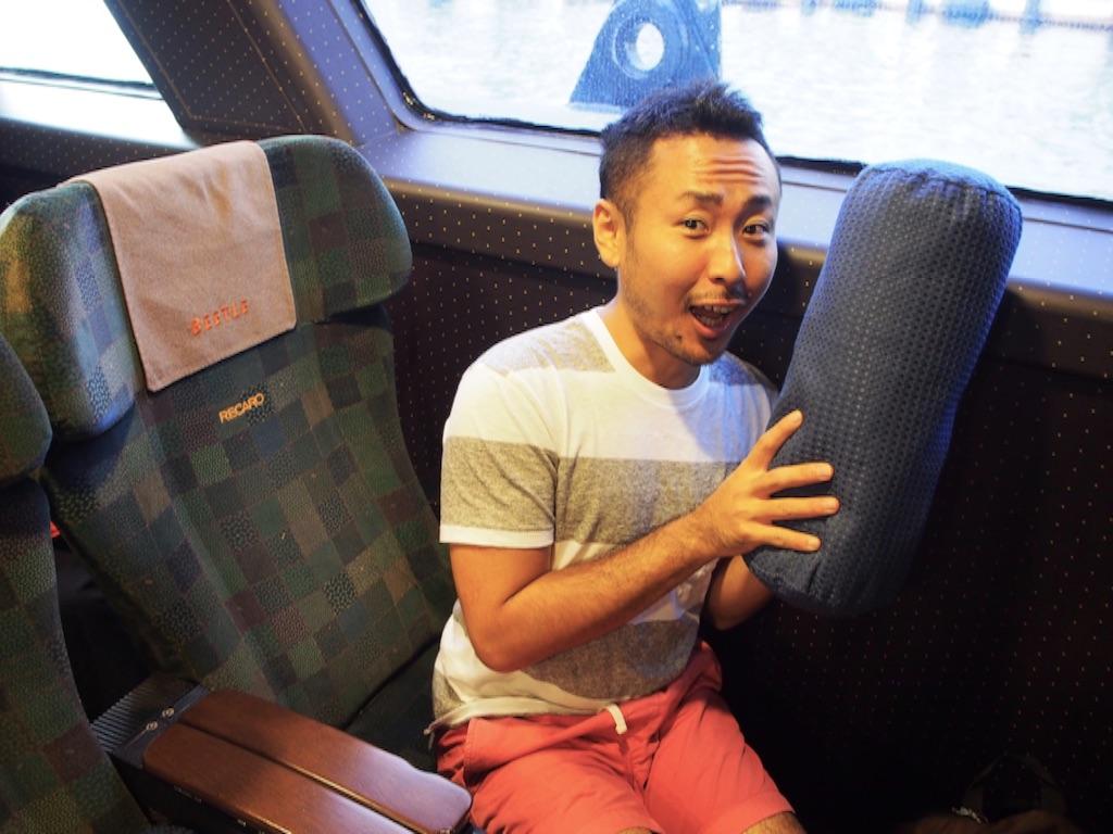 高速船ビートルの座席とクッション