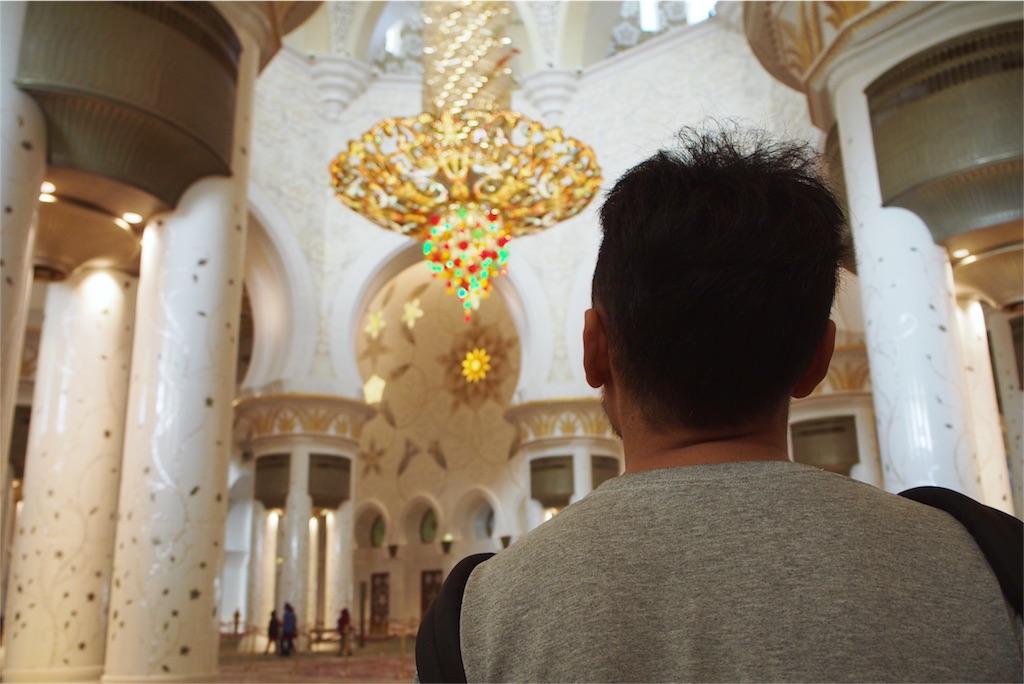 細部まで豪華絢爛なシェイクザイードグランドモスク