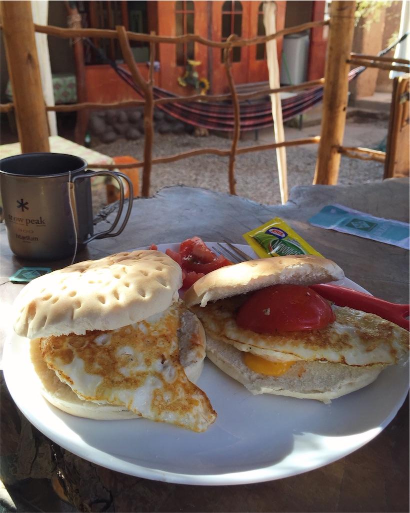 朝ごはんはフエボサンド