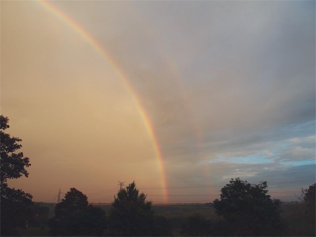 民宿小林からの雨上がりの虹