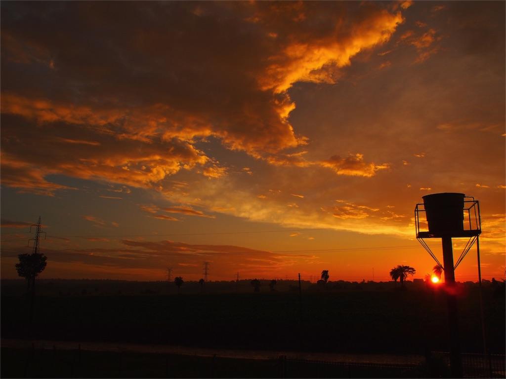 虹の後には綺麗な夕焼け