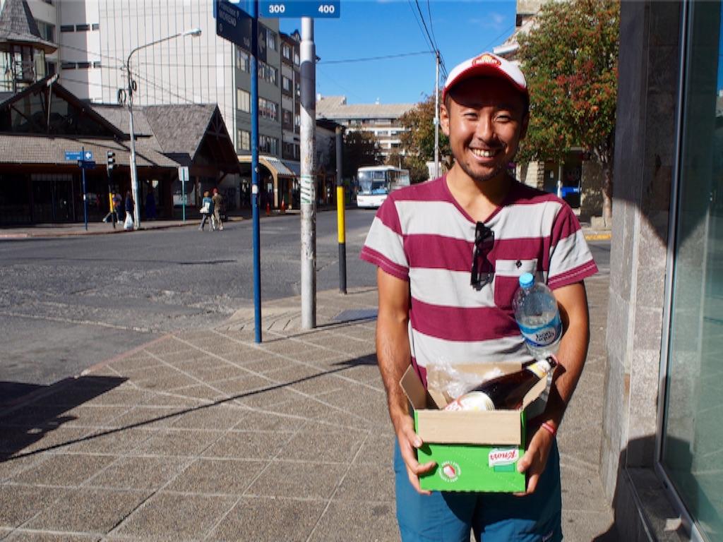 市街地で食材購入の帰り道