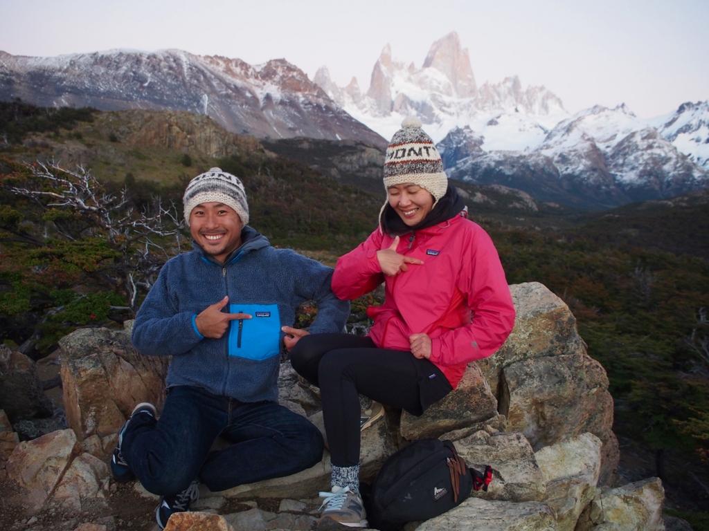 パタゴニアの名峰と記念写真