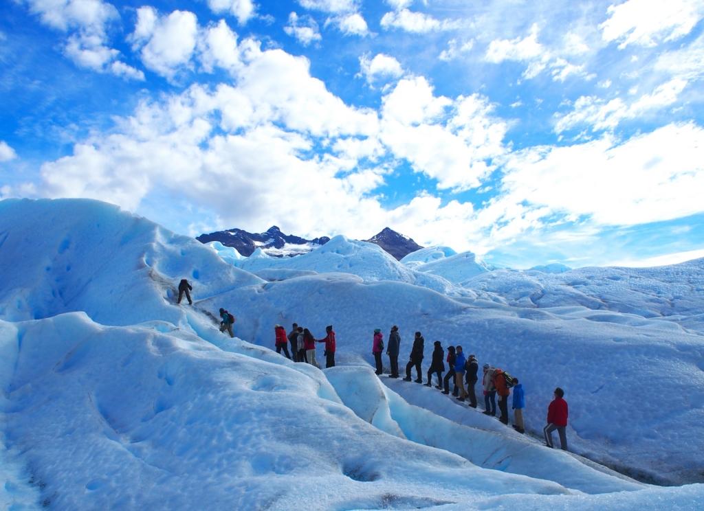 青い氷河にうっとり