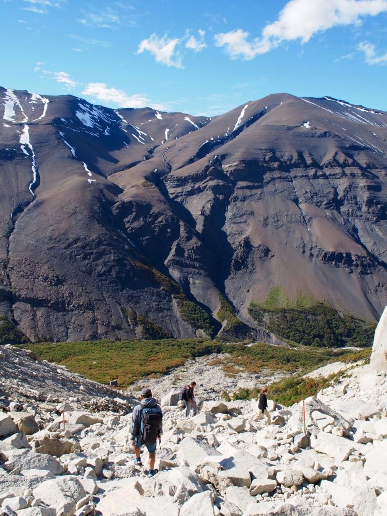 パイネトレッキングの下山