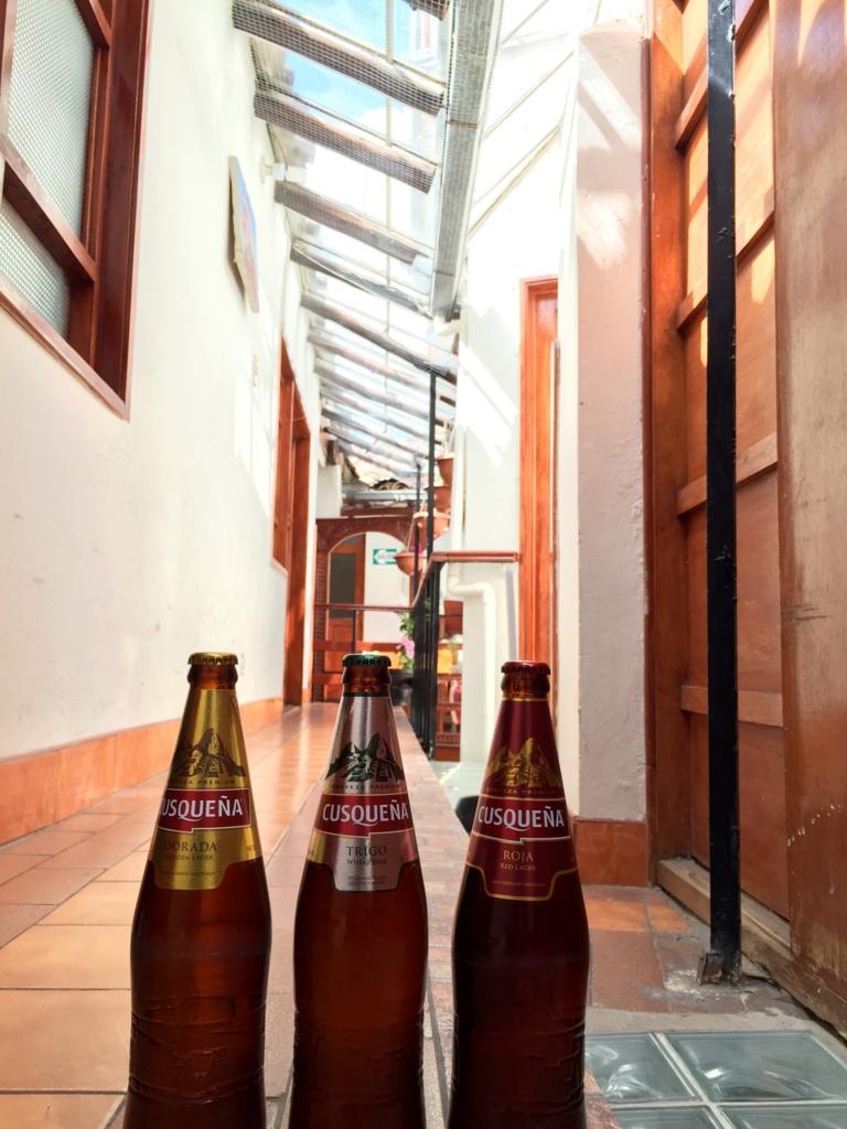ペルー クスコの宿の天窓付きの廊下