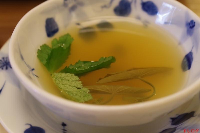 スッポンの甲羅出汁スープ