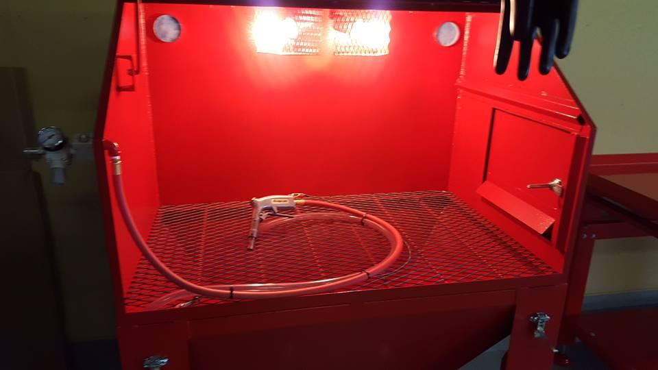 基本は洗浄_サンドブラスター&洗浄台の設置