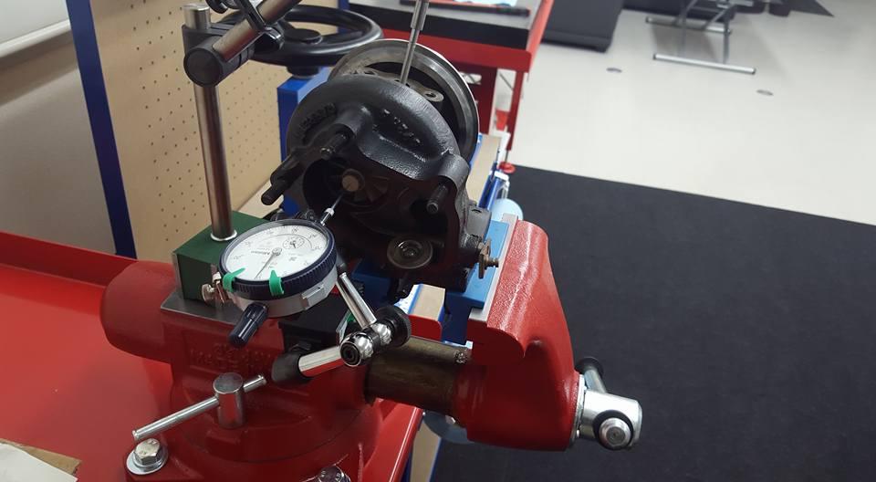RB26エンジンオーバーホール_ターボ点検