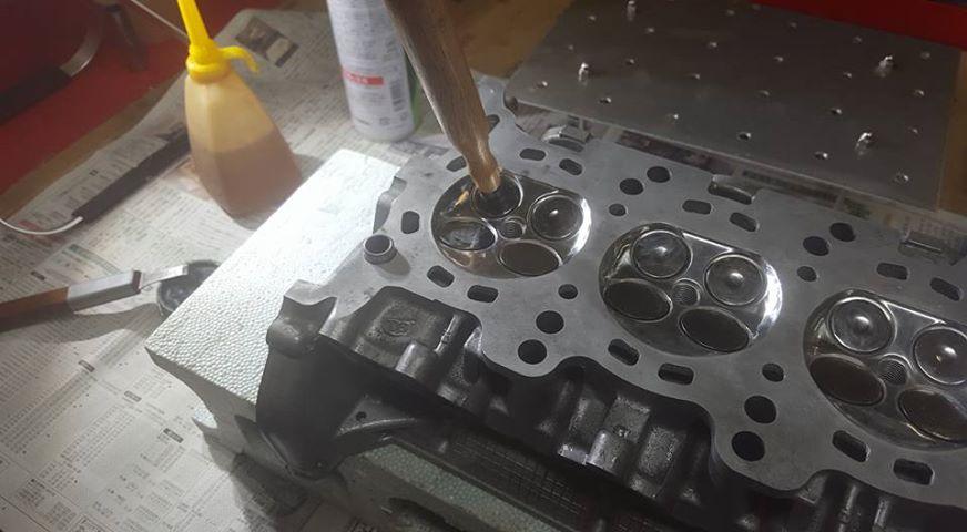 RB26エンジンオーバーホール_形状変更・容量合わせ磨き