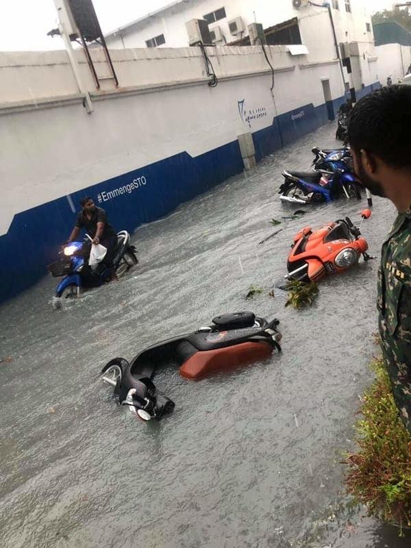 f:id:eiko-maldives:20181208014727j:plain