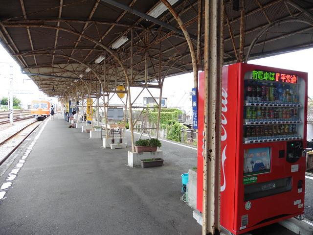 岳南電車吉原駅ホーム