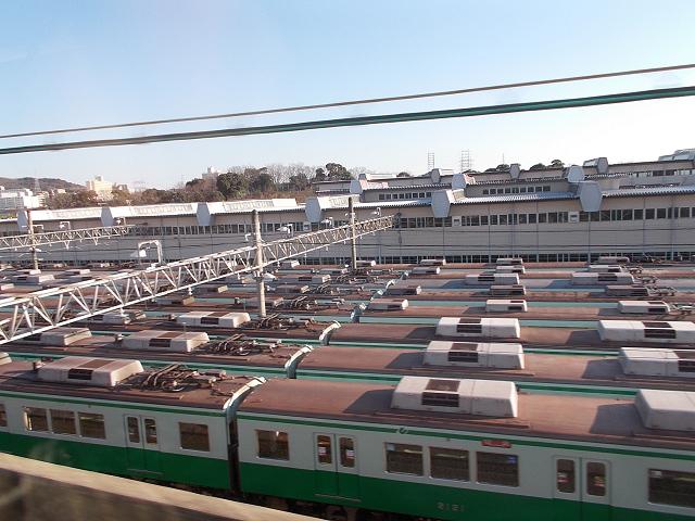 名谷車両基地