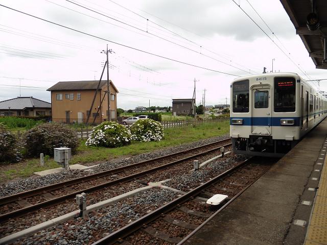 安塚駅下りホーム