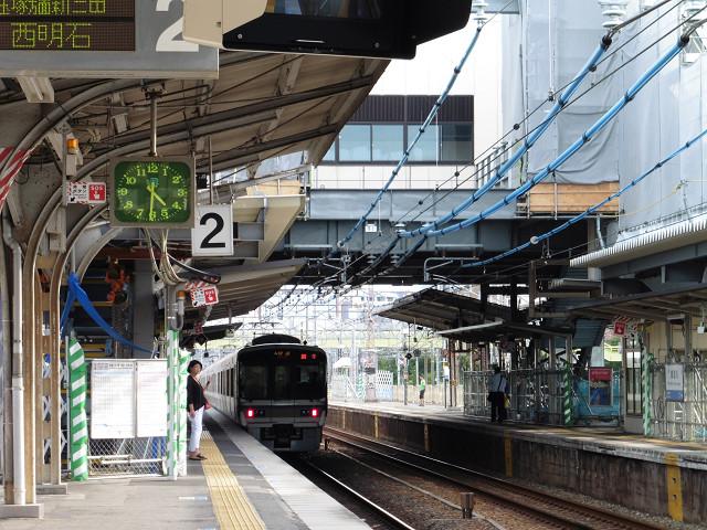 東淀川駅ホーム
