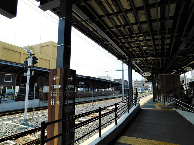 田原町駅ホーム