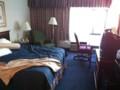 オヘア空港そばのホテルの部屋 / A room at a hotel near O'hare Airport, IL