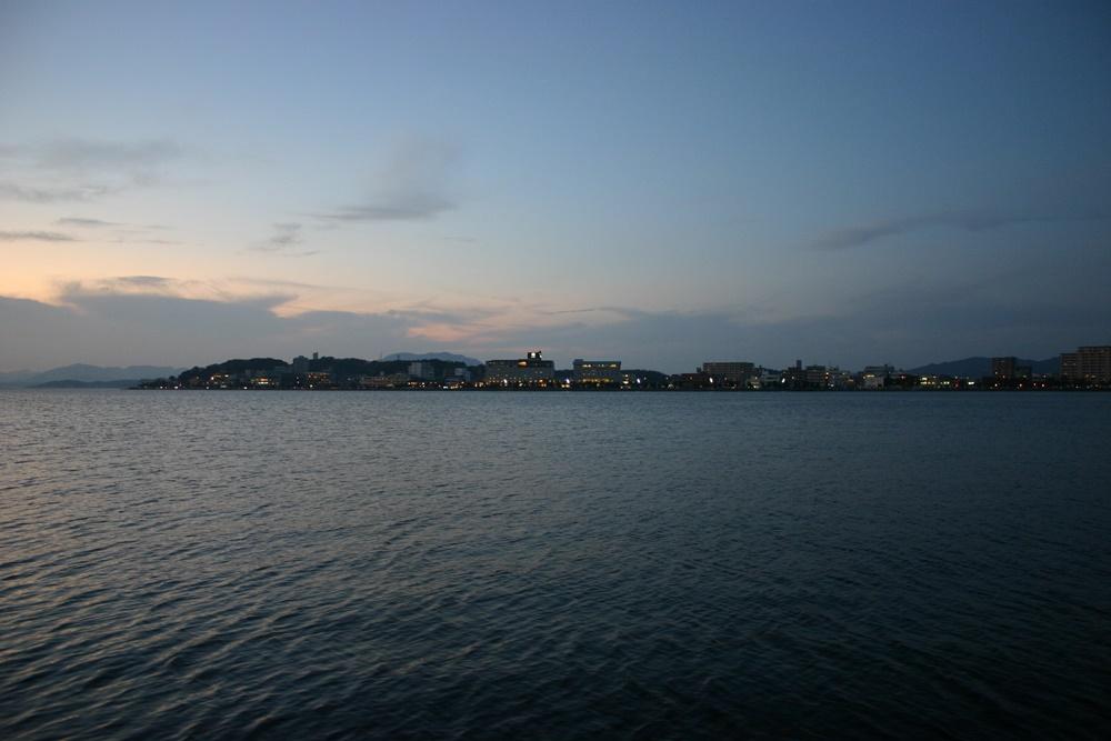夕暮れの宍道湖