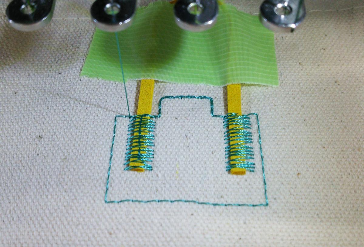 f:id:embroideryplay:20191001135231j:plain