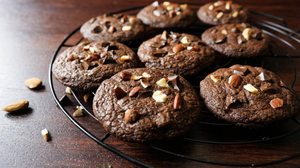 ココア クッキー レシピ バレンタインにぴったり 基本のココアクッキー