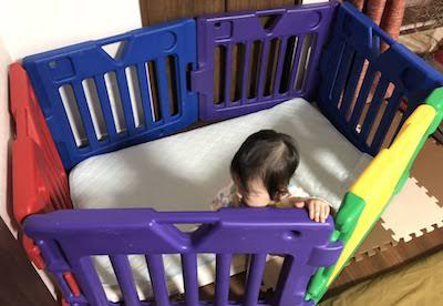 ガード 赤ちゃん 布団 ベッドガードの乳児死亡事故。使用年齢に注意して安全に使おう