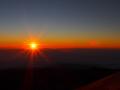 マウナ・ケア山頂より 朝日