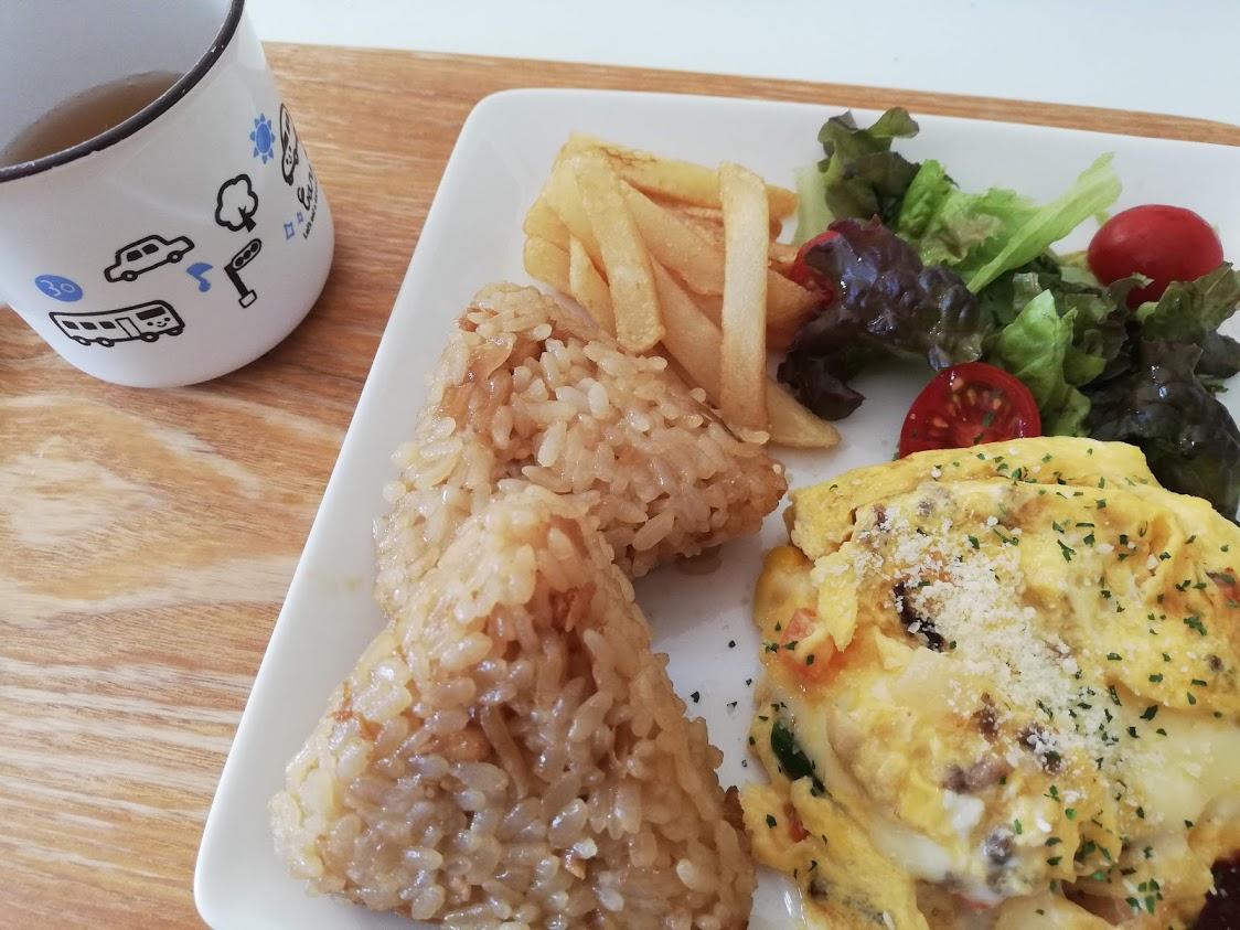 完成したワンプレート朝食