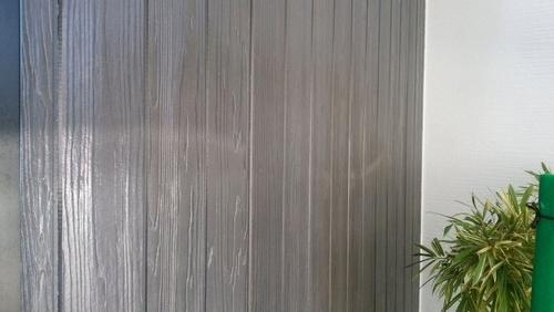 クリア塗装後の外壁グレー