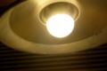 LED電球、東芝E-Core