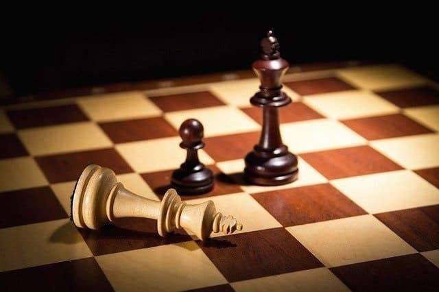 ドラマ『クイーンズ・ギャンビット』考察!チェスの本質に迫る何かが見たかった!