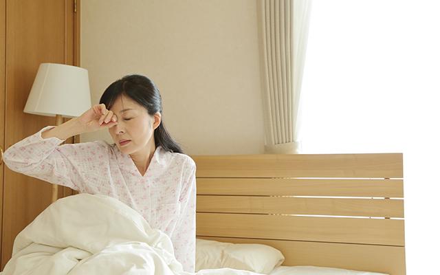 閉経と不眠は女性の加齢を早める。同年齢の女性より、2歳も老化が進む